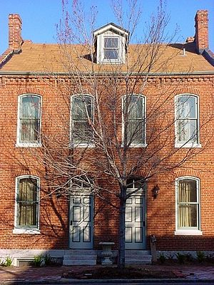 Anzeiger des Westens - A Soulard neighborhood brick house