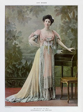 Paulette del Baye, photographed by Paul Boyer, from the March 1907 issue of Les Modes