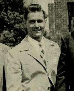 Warren Giese American football player and politician