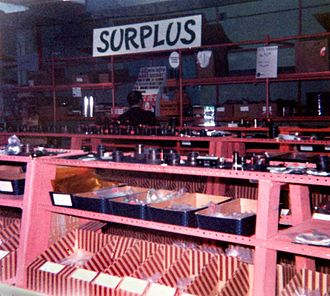Edmund Scientific Corporation - Edmund Scientific's factory store in Barrington, New Jersey in the mid-1970s which carried many items not listed in the catalogs.