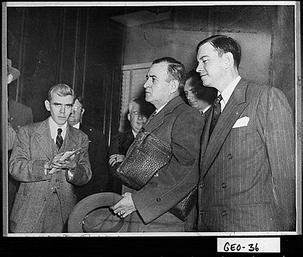 Melvin Thompson (center) and Herman Talmadge (right), 1947 Melvin Thompson and Herman Talmadge.jpg