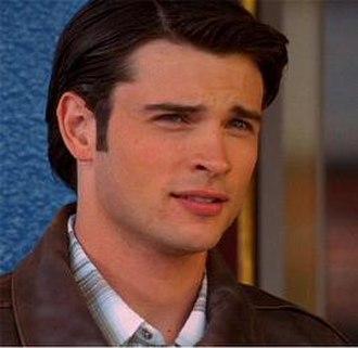"""Jor-El - Tom Welling as young Jor-El in Smallville in the show's third season episode """"Relic""""."""