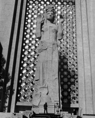 Ralph Stackpole - The eight-story-tall figure of ''Pacifica'' was the central spirit of the Golden Gate International Exposition.