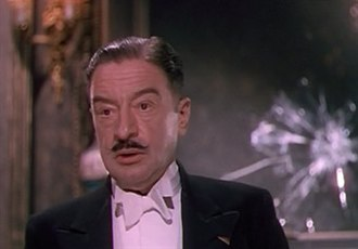 Hay Petrie - Hay Petrie in The Red Shoes (1948)