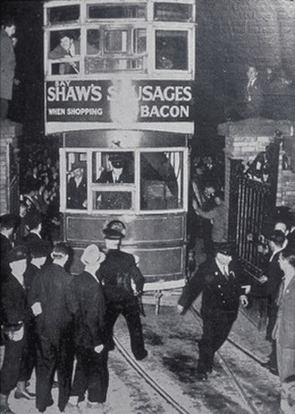 Dublin tramways - The last DUTC tram to run in Dublin city, needed police protection from souvenir hunters on its final trip to the Blackrock Depot