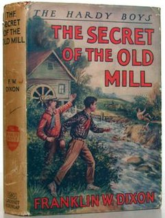 <i>The Secret of the Old Mill</i> book by Franklin W. Dixon