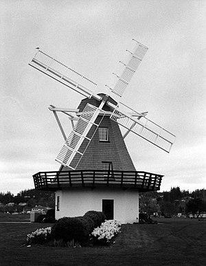 Oak Harbor, Washington - Image: Oak Harbor Windmill