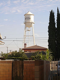 The Artesia Water Tower as of November 2006.