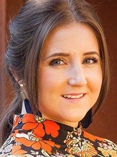 Esther Bloom