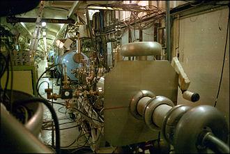 Linear particle accelerator - The Stanford University superconducting linear accelerator, housed on campus below the Hansen Labs until 2007. This facility is separate from SLAC