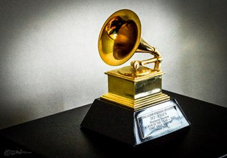 Grammy Award - Image: Grammy Award 2002