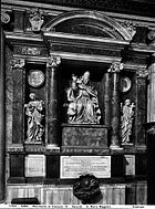 Tomb of Pope Clement IX.jpg