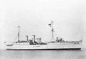 HMS Resource (F79) - Image: HMS Resource in 1932