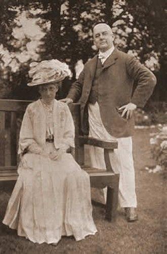 Helen Carte - Helen with Rutland Barrington, c. 1908