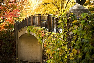 Worcester Polytechnic Institute - Earle Bridge