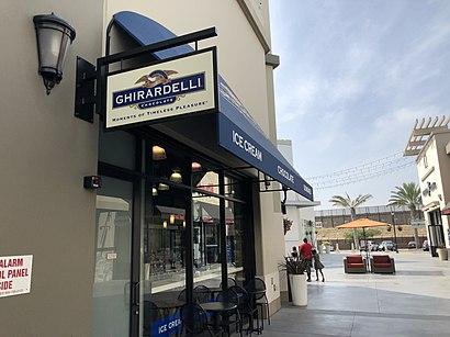 Cómo llegar a Las Americas Premium Outlets en San Diego en ...