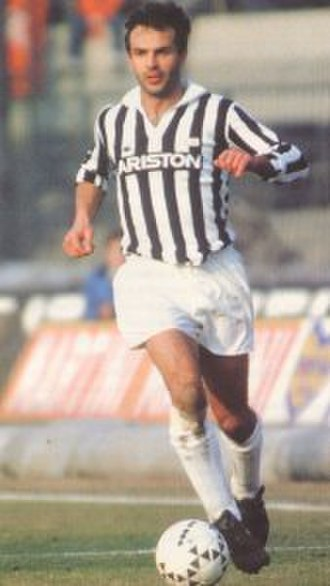 Antonio Cabrini - Cabrini in action with Juventus in the 1980s