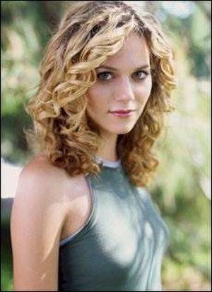 Peyton Sawyer - Hilarie Burton as Peyton Sawyer