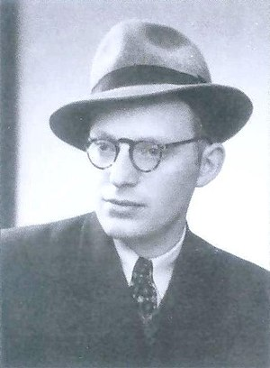 Shneur Kotler - Kotler as a young man in the 1940s, while studying at the Hevron yeshiva in Jerusalem