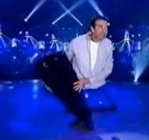David Copperfield's laser illusion - Illusionist David Copperfield performing the Laser illusion on the 2001 CBS television special 'Copperfield: Tornado of Fire