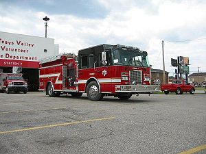 Teays Valley, West Virginia - Image: Engine 71 of the Teays Valley Fire Department (Scott Depot, WV July 2007)