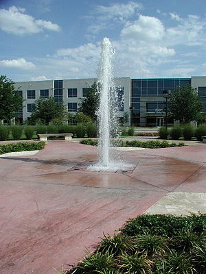 La Frontera (Round Rock, Texas) - A fountain at La Frontera