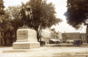 George Armstrong Custer Equestrian Monument - The statue in its original location at Washington and First Street in 1910