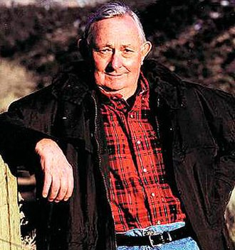 Tony Hillerman - Image: Tony Hillerman
