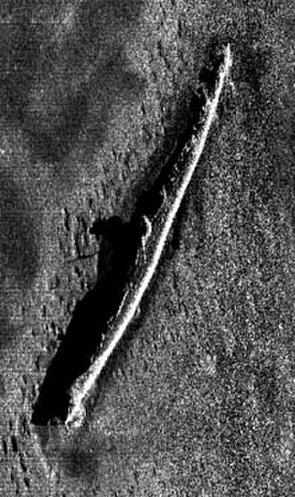 USS S-5 (SS-110) - NOAAS Whiting's first sonar image of the wreck of S-5 on the ocean bottom, made in late July 2001 when Whiting discovered the wreck's exact location for the first time.