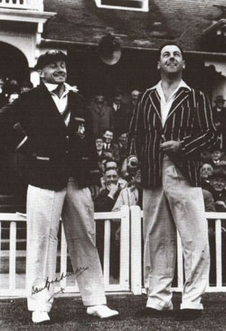 Allan White - White (R) and Don Bradman at Worcester in 1948