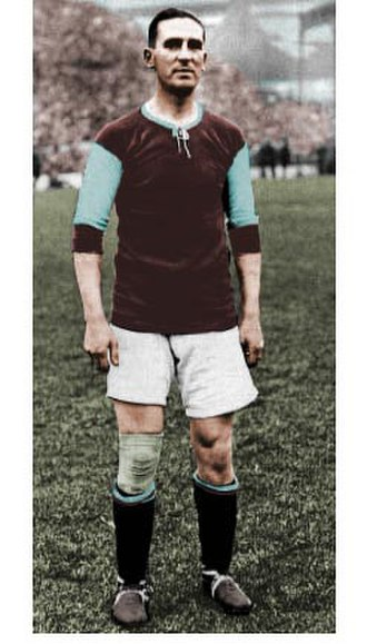 Frank Barson - Barson in Aston Villa kit