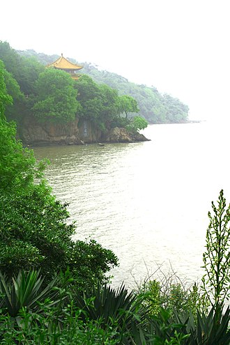 Lake Tai - Lake scenery at Wuxi