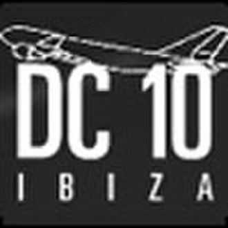 DC10 (nightclub) - The old logo, showing the hangar theme of the club.
