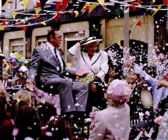 Frank Butcher - Frank and Pat Wicks marry on 22 June 1989