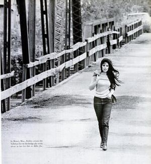 gentry divorced singles Divorced (jim stafford) beautiful bobbie gentry has an estimated net worth of $8 million eleven singles of bobbie gentry made it to billboard hot 100.
