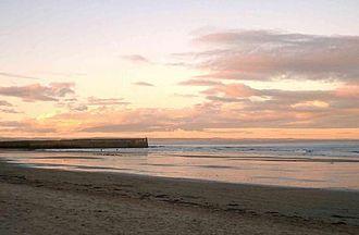 Gatty Marine Laboratory - East Sands beach, St Andrews, viewed from the Gatty Marine Laboratory