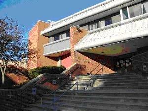Minuteman Library Network - Framingham Public Library Entrance