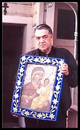 José Muñoz-Cortes - Jose Muñoz-Cortes with Montreal icon of the Holy Virgin