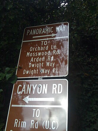 Panoramic Hill, Oakland/Berkeley, California - The Entrance to Panoramic Hill