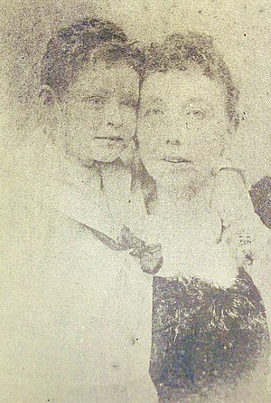 Gerald Gardner (Wiccan) - Gardner with his Irish nursemaid, Com, during the 1880s