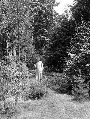 Mazo de la Roche - Mazo de la Roche, in Clarkson 1928