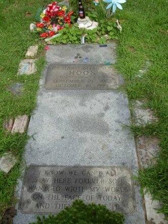 Shannon Hoon - Gravesite of Shannon Hoon