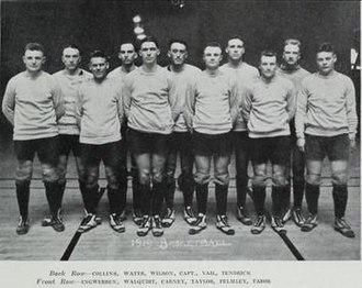 1919–20 Illinois Fighting Illini men's basketball team - Image: 1919 20 Fighting Illini men's basketball team