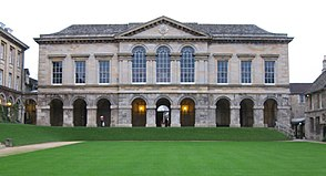 Worcester College from the quad.JPG