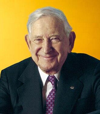 Bill Davidson (businessman) - Image: Bill Davidson businessman