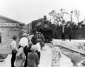 Fort Lauderdale station - The Orange Blossom Special arrives at the temporary Seaboard Air Line Railway Fort Lauderdale station in 1927.