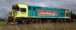 "DXR 8007 with KiwiRail logo, 2009. Note the MkII ""Universal Cab"" as originally fitted to DXR 8022"