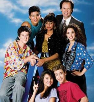 Saved by the Bell - The cast of Saved by the Bell, clockwise from left: Screech, Slater, Lisa, Mr. Belding, Jessie, Zack, and Kelly