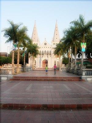 Turbaco - Turbaco Plaza, Church of Santa Catalina.