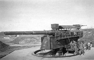30.5 cm SK L/50 gun - A gun of Batterie Friedrich August on a BSG mount on Wangerooge Island